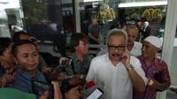 Pengacara Baasyir, Mahendratta Saat Diwawancarai di RSCM Kencana, Jakarta. (Foto: Liputan6.com/Ady Anugrahadi)