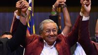 Mahathir Mohamad mencetak kemenangan bersejarah di Pemilu Malaysia 2018 (AFP)