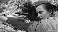 Lyudmila Pavlichen, Sniper Cantik Uni Soviet