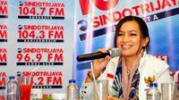Sekretaris Jenderal Komisi Perlindungan Anak Indonesia (KPAI) Erlinda ketika menjadi pembicara dalam diskusi bertajuk 'Angeline Wajah Kita' di Jakarta, Sabtu (13/6/2015). (Liputan6.com/Yoppy Renato)