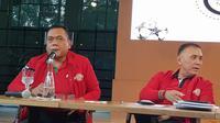 Mayor Jenderal TNI Cucu Somantri bersedia mendampingi Iwan Bule karena kesamaan visi dan misi untuk melakukan perubahan sepak bola Indonesia. (Bola.com/Zulfirdaus Harahap)