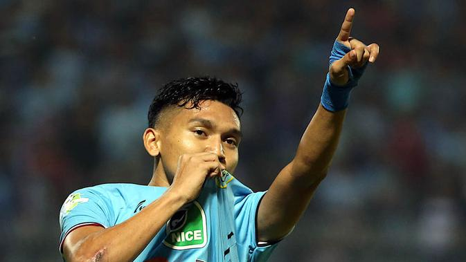 Pemain Persela, Dendy Sulistyawan. (Bola.com/Dok. Official Persela)