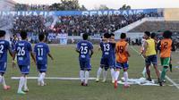 Pemain PSIS merayakan gol dalam final lanjutan Piala Polda Jateng di Stadion Jatidiri, Semarang, Minggu (2/8/2015). (Bola.com/Vincensius Sawarno)