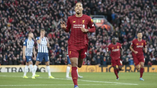 Virgil van Dijk Borong 2 Gol, Liverpool Taklukkan Brighton