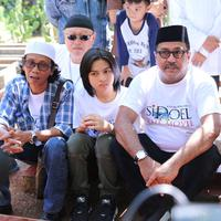 Rano Karno dan Keluarga Si Doel
