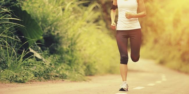 Lari bisa membuat kulit kencang bebas keriput/ copyright Shutterstock.com