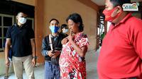 Tangkapan layar seusai ODGJ asal Blora dimandikan di Rembang, Jawa Tengah. (Liputan6.com/Ahmad Adirin)