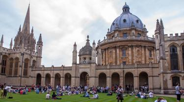 University of Oxford, perguruan tinggi tertua Inggris