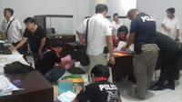Tersangka kasus KTP palsu warga negara Filipina itu kemungkinan akan bertambah. (Liputan6.com/Yoseph Ikanubun)