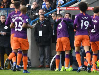 Tampil Monoton, Manchester City Tetap Perkasa Atasi Huddersfield