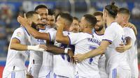 Kemenangan ini mengantarkan Real Madrid bertengger di puncak klasemen La Liga. Mereka mengumpulkan tiga poin di pekan pertama. (Foto: AP/Alvaro Barrientos)