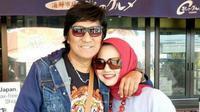 Ikang Fawzi  dan Marissa Haque saat liburan di Jepang (Instagram/@ikangfawzi)