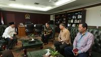 Delegasi Asosiasi Mubaligh dan Mubalighah Indonesia (AMMIN) bersilaturahmi kepada Wakil Ketua MPR Hidayat Nur Wahid (HNW)