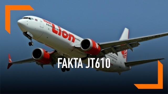 Terungkap sebuah fakta baru jatuhnya pesawat Lion Air JT610. Pilot dikabarkan sempat membuka buku panduan sebelum pesawat jatuh ke air.