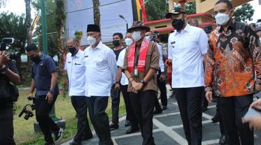 Sandiaga Uno ketika berkunjung ke Sumatera Barat, Rabu (21/4/2021).