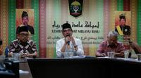 Sidang Lembaga Adat Melayu (LAM) memutuskan Jony Boyok, penghina UStaz Abdul Somad, bersalah dan terancam hukuman adat Melayu. (M Syukur/ Liputan6.com)