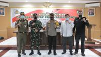 Kapolda juga menegaskan bahwa Polri, TNI, Pemda dan instansi terkait lainnya berkomitmen untuk terus bekerja keras guna menjamin penyelenggaraan Pilkada Serentak.