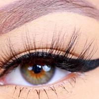 Eyeliner. (via: YouTube)