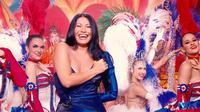 Anggun saat tampil di pertunjukan 100 Ans de Comédies Musicales (ist)