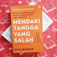 Buku Mendaki Tangga yang Salah./Copyright Endah