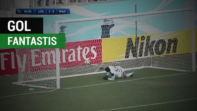 Berita video pemain Uzbekistan, Ikram Alibaev, mencetak gol dari tengah lapangan di Liga Champions Asia 2018.