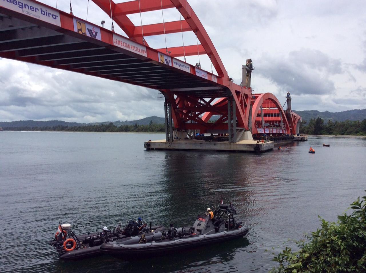 Jembatan Holtekamp Kota Jayapura (Liputan6.com / Katharina Janur)