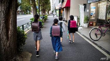 Ilustrasi Anak Sekolah di Jepang.