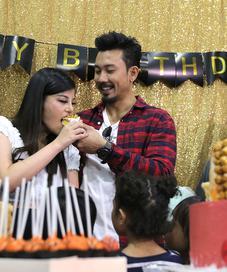 Denny Sumargo dan Dita Soedarjo. (Nurwahyunan/Fimela.com)