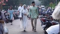 Nur Asia dan Sandiaga Uno di Hari Raya Idul Adha. (dok. Instagram @sandiuno/https://www.instagram.com/p/B1AXAUCheiT/Putu Elmira)