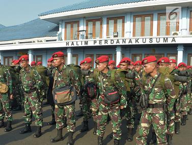 TNI Kerahkan 140 Personel Kopassus Evakuasi Korban Gempa Lombok