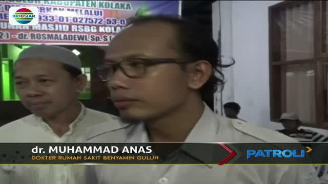 Polisi berhasil membongkar kasus pembunuhan ketua DPRD Kolaka Utara, Sulawesi Tenggara. Tersangka merupakan istri kedua korban.