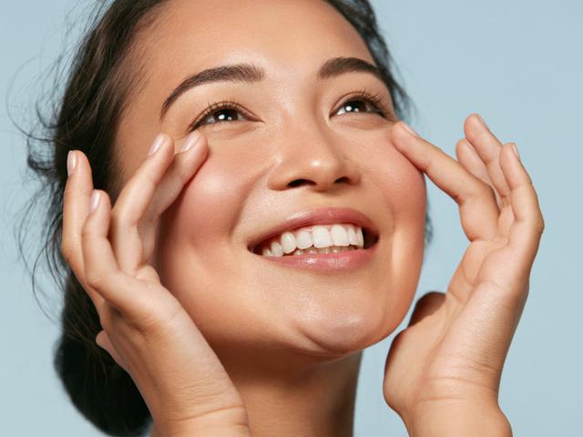 4 Cara Mengatasi Masalah Kulit Kering di Area Hidung - Beauty Fimela.com