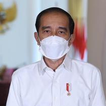 Presiden Joko Widodo (Jokowi) memberikan keterangan pers tentang pengembangan dan pembuatan vaksin COVID-19 harus ikuti prosedur dan kaidah ilmiah di Istana Kepresidenan Bogor, Jawa Barat, Jumat (12/3/2021). (Biro Pers Sekretariat Presiden)