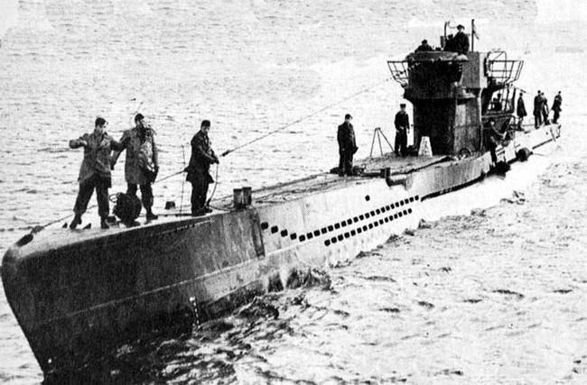 U-1206 yang tenggelam karena jamban meluap. (Sumber buchandivers.com)