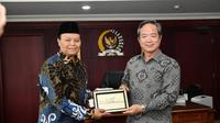 Wakil Ketua MPR Hidayat Nur Wahid bersama delegasi Taipei Economic and Trade Office (TETO), John Chen.