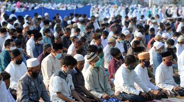 FOTO: Kekhusyukan Pelaksanaan Salat Idul Adha di Depok