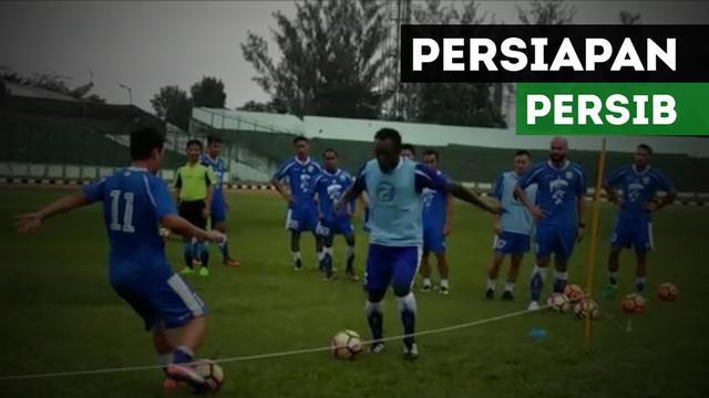 Pelatih Persib Bandung, Djadjang Nurdjaman, menjelaskan persiapan terakhir tim jelang laga lanjutan Liga 1 melawan Barito Putra.