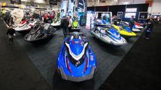 Suasana Pameran Perahu Internasional Toronto 2020 di Toronto, Kanada, Jumat (17/1/2020). Lebih dari 1.200 unit perahu dipamerkan dalam acara tersebut. (Xinhua/Zou Zheng)