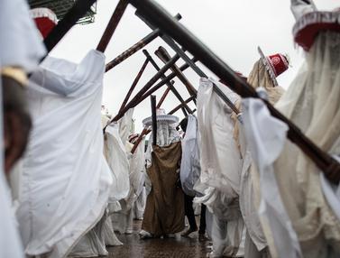 Melihat Tradisi Unik, Festival Eyo di Nigeria