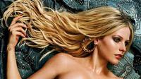 Beberapa artis Hollywood ini membuktikan tampil seksi di majalah pria dewasa tanpa perlu bugil (Instagram/avrilavigne)