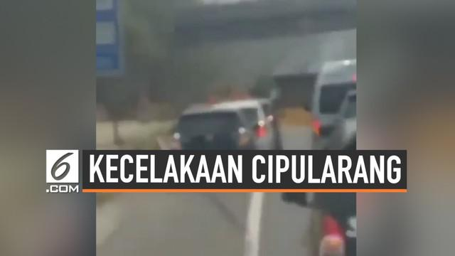 Salah satu korban kecelakaan maut di KM 91 tol Cipularang sempat merekam detik-detik mobilnya terlibat tabrakan beruntun. Insiden hari Senin (2/90/2019) ini menewaskan 9 orang.