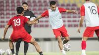 Sesi official training Persis Solo di Stadion Manahan, Jumat (24/9/2021) malam. (Dok Persis Solo)
