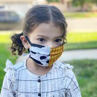 Benarkah menggunakan masker bagi anak di bawah usia dua tahun berbahaya? (Foto: Instagram/ @caffeineandmainst)