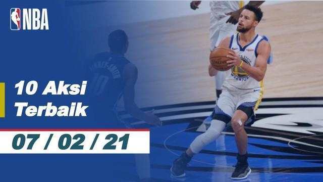 Berita video 10 Aksi Terbaik NBA 7 Februari 2021 terdapat aksi tembakan jarak jauh dari Stephen Curry pada pertandingan Dallas Mavericks melawan Golden State Warriors.