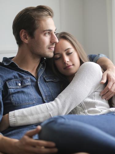 5 Cara yang Dilakukan Zodiak Aquarius untuk Menunjukkan Cinta pada Pasangan  - Lifestyle Fimela.com