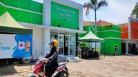 Disnaker Kota Cirebon menyiapkan anggaran bantuan untuk korban PHK dan pekerja yang dirumahkan oleh perusahaan imbas covid-19. Foto (Liputan6.com / Panji Prayitno)