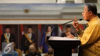 Menko bidang Perekonomian Darmin Nasution memberikan keterangan pers terkait kebijakan ekonomi tahap II, Jakarta, Selasa (29/9/2015). Paket kebijakan tahap dua difokuskan pada industri, keuangan dan ekspor. (Liputan6.com/Faizal Fanani)