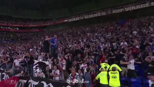 Lyon mengunci tiket ke Liga Champions musim depan usai menaklukkan Nice 3-2 di laga penutup Liga Prancis. Memphis Depay menjadi pe...