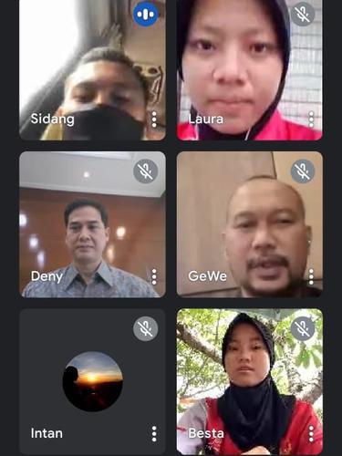 Pemberangkatan atlet PON Papua asal Banyumas secara virtual. (Foto: Liputan6.com/KONI Banyumas)