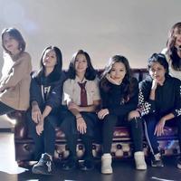 Diperkuat member asal Indonesia hingga India, Z-Girls berani tampil beda. (Twitter khhculture)